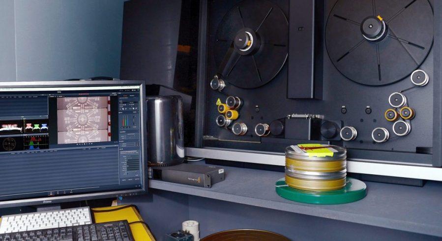 2-cintel-film-scanner2x-1-1050x574